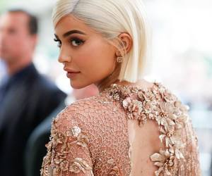 kylie jenner, girl, and fashion image