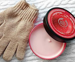 body butter, body care, and thebodyshop image