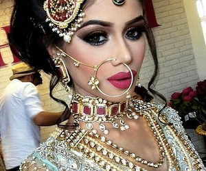 beautiful, hairstyle, and jewelry image