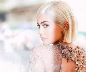kylie jenner, met gala, and jenner image