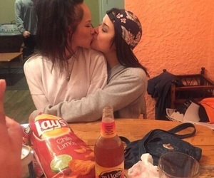 lesbian, girl, and Relationship image