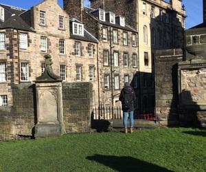castle and edimburg image