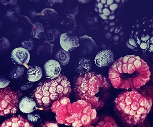 fruit, wallpaper, and raspberry image