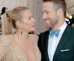 blake lively, ryan reynolds, and met gala image