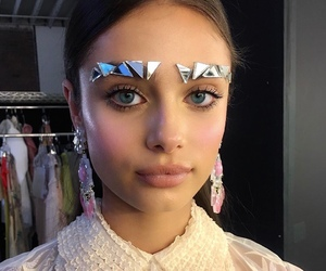 taylor hill, model, and fashion image