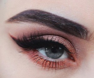 makeup, eye, and beautiful image