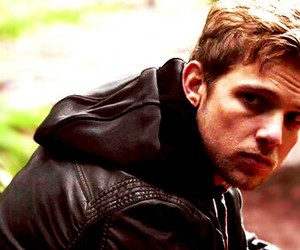 bates motel, max thieriot, and dylan massett image