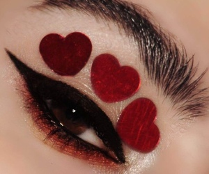makeup, hearts, and aesthetic image