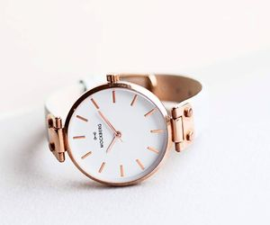 watch and gold image