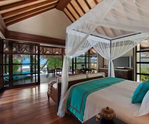 Maldives, travel, and ocean image