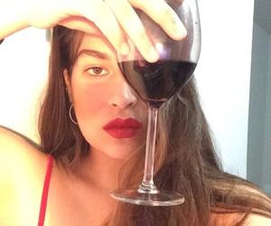 girl, normal, and vinho image