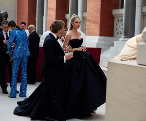 candice swanepoel and met gala image