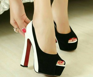 shoes, fashion, and women image