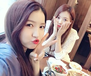 kpop, nayoung, and sowon image