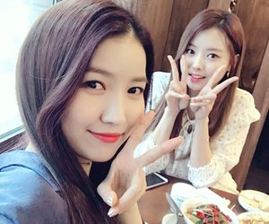 kpop, sowon, and gfriend image