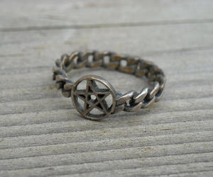etsy, heavy metal, and vintage silver ring image