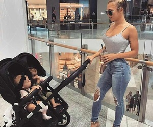baby, fashion, and tammy hembrow image