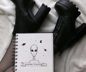 black, alien, and tumblr image