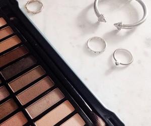 beauty, eyeshadow, and jewelry image