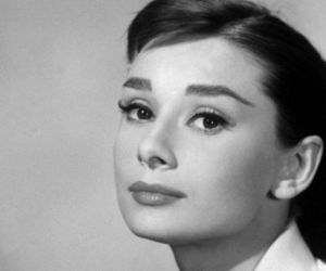 audrey hepburn, black and white, and photography image