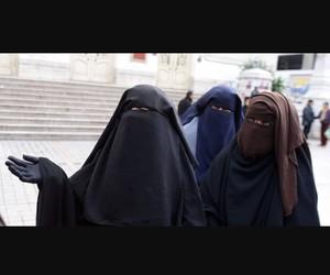 pudeur, niqab sitar, and jilbaab image