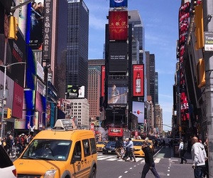 aesthetic, city, and sprinkleofglitter image