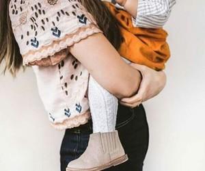 kids and mum image