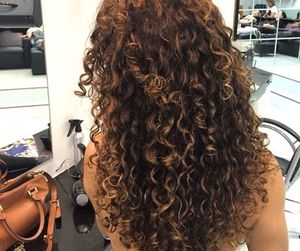 curly hair, cabelo cacheado, and cheveux bouclés image