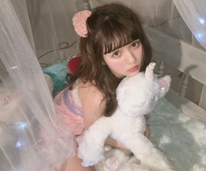 girl, pink, and かわいい image