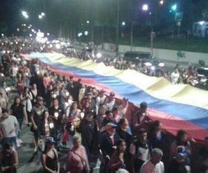 sos, venezuela, and resistencia image
