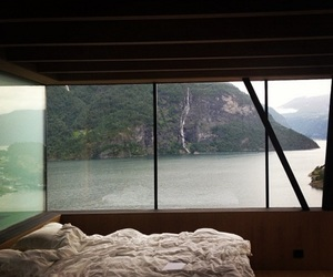 bedroom, sea, and tumblr image