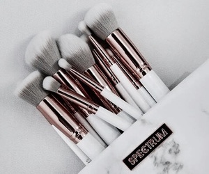 Brushes, makeup, and pretty image