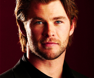 chris hemsworth, actor, and handsome image