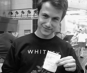 13 reasons why, 13rw, and dylan minnette image