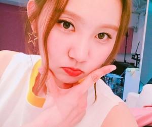k-pop, pristin, and sungyeon image
