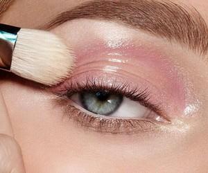 makeup, pink, and eyes image
