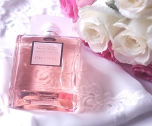 perfume, chanel, and pink image