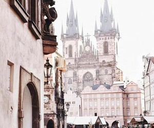 pink, Praga, and republica checa image