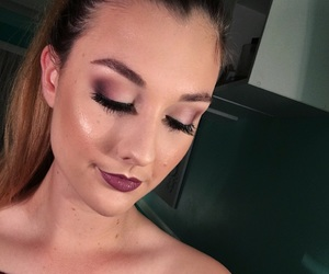blending, contour, and eyebrows image
