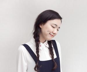 minimal, smile, and oriental image