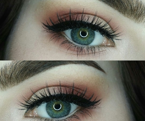 eye, eyelashes, and eyeliner image