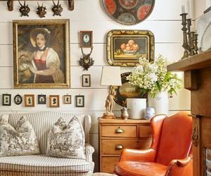 living room, home decor, and traditional decor image