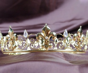 accessories, crown, and gold image