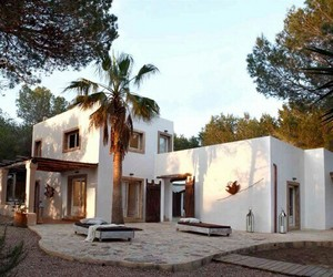 architecture, plage, and forest image
