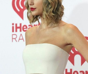 Taylor Swift and hermosa image