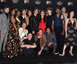 13 reasons why, cast, and dylan minnette image