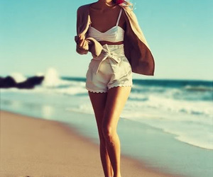 bow, high-waisted shorts, and scalloped image