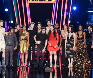 13 reasons why, katherine langford, and cast image