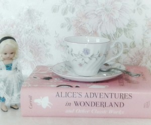 alice in wonderland, girly, and pastel image