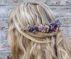 accessories, flowers, and jewelry image